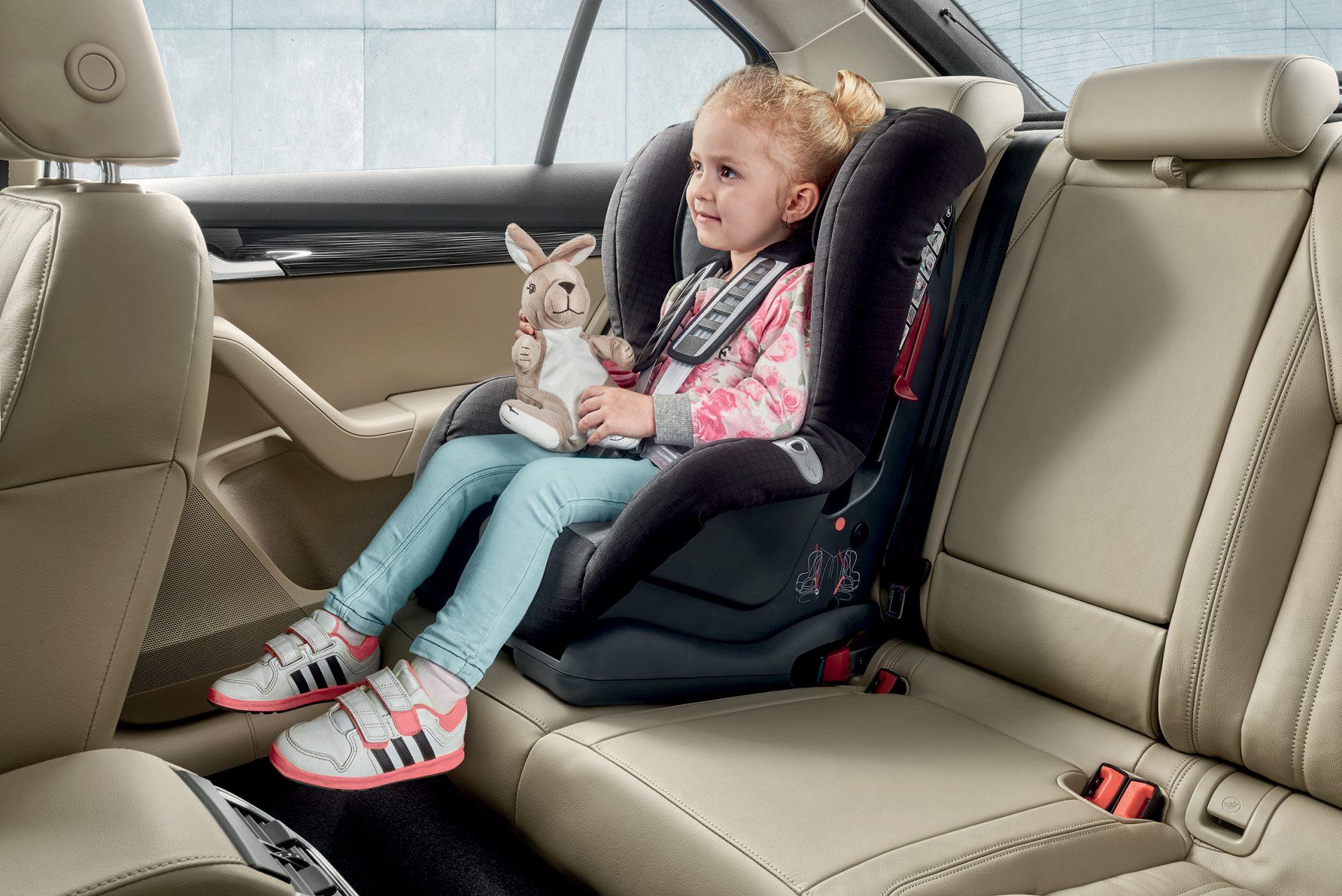 Recomandări privind siguranța copiilor la bord